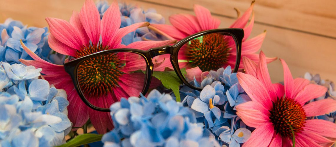 Why Blue Light Blocking Glasses Are Essential for Designers Cover